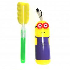 Детская бутылочка для воды Миньон и специальный ёршик Fashion Plastic Family.